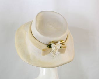 1960s White Straw Mushroom Hat by Rozanne of New York, Summer, Wedding, Sunhat