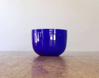 Small Vintage Carlo Moretti Style Cased Glass Cobalt Blue / White Bowl