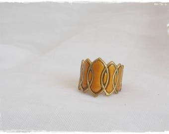 Gold Brass Ring, Geometric Knuckle Ring, Brass Shield Ring, Brass Knuckle Ring, Above The Knuckle Ring, Gold Polymer Clay Ring, Midi Ring