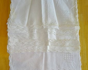 Vintage White Napkins Cotton Cutwork Set of 12 Scalloped Edge