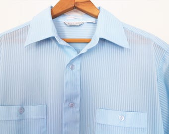 Vintage Mens Blue Button Up Short Sleeve Shirt - Baby Blue - Lightweight - 60's Summer Shirt - Polyester - Large