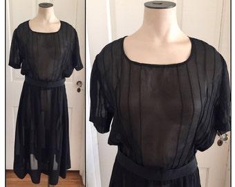 Vintage 1920s Sheer Black Crepe Short Sleeve Dress 0 2 4