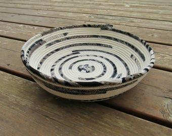 Rope basket, rope bowl, clothesline basket, clothesline bowl, rope dish, rope dish, neutral, nautical, small