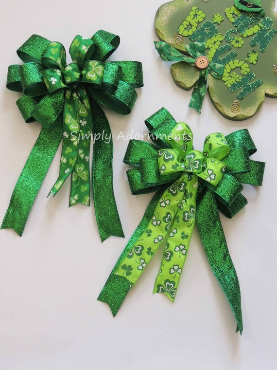 Saint Patrick's Wreath Bow Kelly Emerald St. Patrick's Wreath Bow Emerald Lime Irish Shamrock Bow St Patrick door hanger bow Shamrock Bow