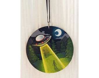 UFO Flying Saucer Abduction Hand Painted Wood Ornament