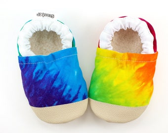 tie dye baby shoes, tie dye clothing, rainbow baby, rainbow shoes, hippie baby, baby hippie shoes, vegan baby, rainbow booties, rubber sole