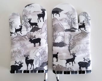 Kitchen Oven Mitt, Deer and Elk, Mountain Range, Lined, Insulated, Hot Pad, Chef, Baker, Cook, Outdoors, Wildlife, Forest