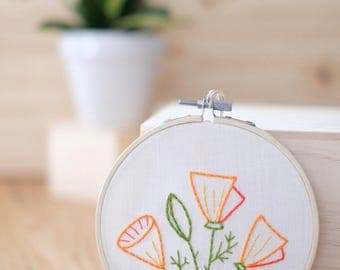 DIY Embroidery Kit - California Poppies - Embroidery Hoop Art -  Craft Kit - Modern Embroidery Kit - Valentine's Day Gift - Housewarming