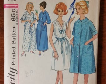 Vintage Simplicity Nightgown and Robe size Large in Two Lengths Dress Pattern 5001 circa 1960s