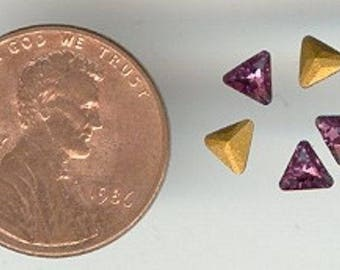 24 Swarovski Article 4722 Amethyst Trillion Triangle 4mm Glass Faceted Gem Jewels S861