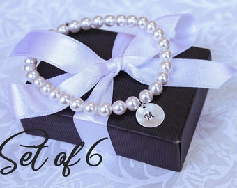 Set of 6 personalized bridesmaid gifts Pearl Bracelets, initial charm monogram bracelet initial disk stamped letter Pearl Jewelry sets