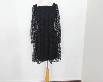 Classic 1960s Fitted Black Sleeveless Under-Dress with Sheer Baby Doll Lace Over-Dress