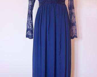 Classy dark blue dress from the late nineties with lace detailing. Eu ( Belgian) 38