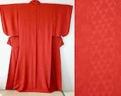 Red silk geometric iromuj...