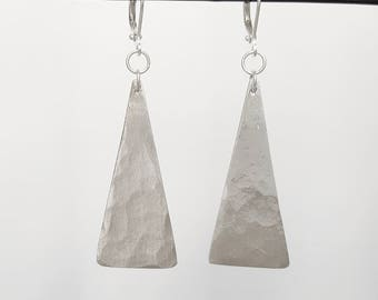 Earrings in sterling silver hammered