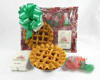 Christmas Gift Basket - Apple Pie Candle, Gum Drop Soaps & Wax Melts