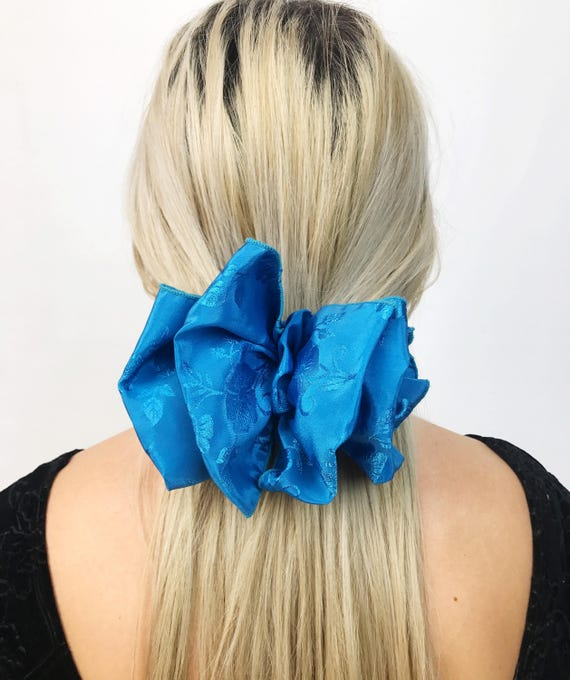 90's Sky Blue Giant Bow Clip - Large Blue Bow French Clip Hair Barrette - Basic Statement Hair Clip Hipster Nineties Accessory BIG Hair Bow