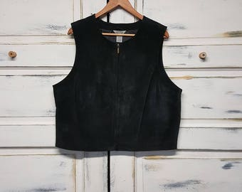 Women's vintage black suede leather vest. Size extra large