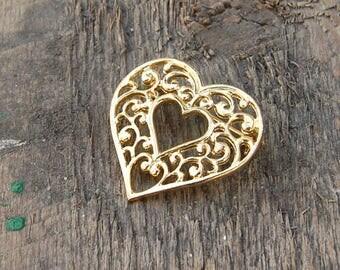 Gold Filigree Heart Brooch, Gold Heart Brooch, Open Scroll Heart Brooch, Gold Heart Lapel Pin, Victorian Style Heart Brooch, Valentines Day