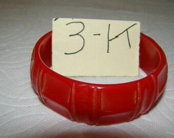 BB #3-K Carved Vintage Bakelite Bracelet