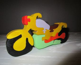 Wood puzzle motorcycle race