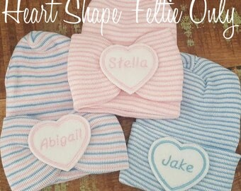 Baby name feltie heart or circle embellishment for your newborn hat.Personalize baby hats or items. Newborn feltie. Add to bows, hats, clips