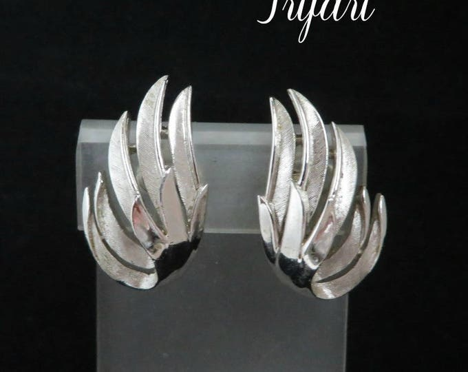 Crown Trifari Earrings | Vintage Silver Tone Leaf Clip-on Earrings | Classic Designer Signed Jewelry