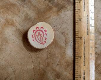 Block Print Wood Magnet | Red paisley print wooden fridge magnet, Indian block print wood slice magnet, stocking stuffer, wood gift under 5.