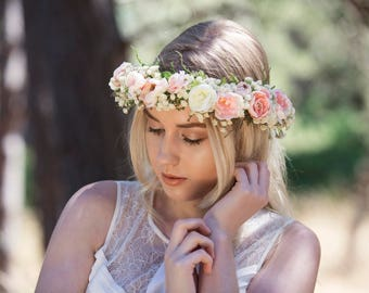 SALE Ivory and Pink Wedding Flower Hair Crown, with Ivory Wild Roses, Ivory and Blush Coloured Ranunculus, Babies Breath and Green Ferns