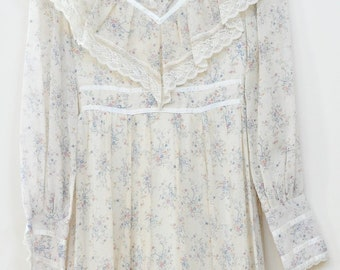 Gunne Sax Maxi Prarie Dress with Calico fields of fabric