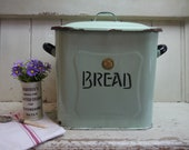 Rare Pastel Green Vintage Enamel Bread Box - Bread Bin - Green Bread Box - Vintage Bread Box - Green Enamel Bread Box - Vintage Bread Bin
