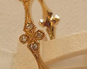 18 K yellow gold diamond band