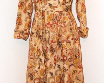 Vintage 1970s Butterfly Collar button down dress by Philip of Dallas in size 12