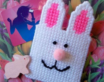 """Plastic Canvas: """"Easter Bunny"""" Gift Card Holder"""