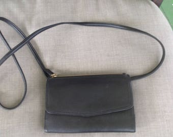 Vintage Valerie Stevens black leather wallet handbag organizer