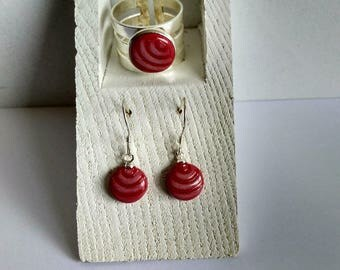 Set earrings and ring. Set earrings and ring.