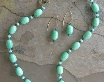 "Amazonite & Apatite Gemstone Necklace -24"" (Burnie's Rock Shop beads)"