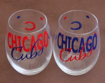 Chicago Cubs glassware, Sports Glasses, Baseball, Go Cubs!
