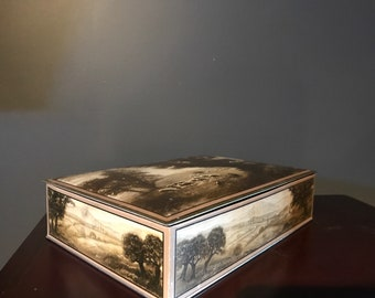 Vintage Christies bisquit Tin// Tin Litho Box// Collector Tin// storage Container