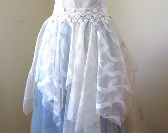 Fantastic Bridemaids belt. Boho belt. Tulle belt. Bridemaids sash. Festival belt. Tutu dress belt