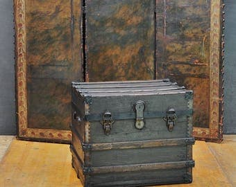 High Victorian Oceanliner Sea Cartage Steamer Trunk Table Vintage Antique Luggage
