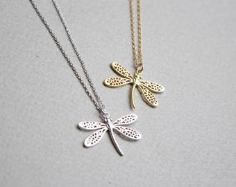 Dragonfly necklace in gold or silver, Insect necklace, Bridesmaid jewelry, Everyday necklace, Wedding necklace, Gift