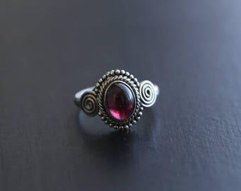 Garnet Ring, Handmade Garnet Ring Oval, Red Ring, Silver ring, 925 Silver ring