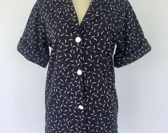 Vintage 80s Graphic Print Shirt, Black Shirt, White Shirt, Bowling Shirt, Hipster Shirt, Short Sleeved Shirt, Size 8 10
