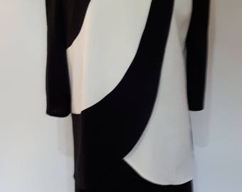 Vintage dress 80s black white jersey dress by Fiaca Made in the United Kingdon size large