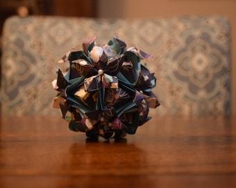 Origami Aquilegia Kusudama