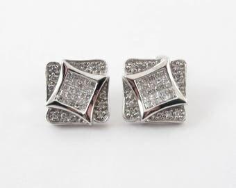 14K White Gold Men's Kite Shape Diamond Stud Earrings 1.00 carat