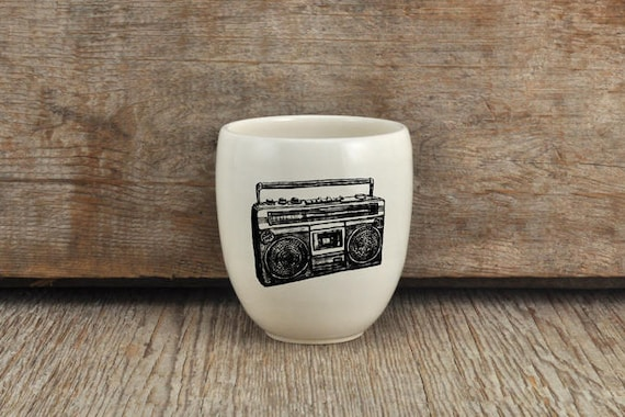 Porcelain coffee tumbler with vintage radio drawing by Cindy Labrecque