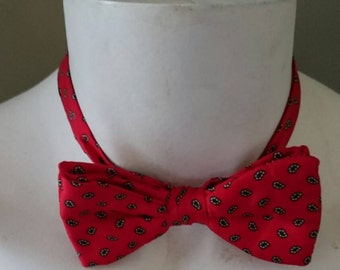 1980's Red Silk Bow Tie/Pre-Tied/Preppy/Traditional/Hipster