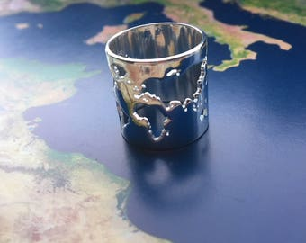 World map travel ring - silver colored - Wanderlust - travel gift - globetrotter - explore - adventure!